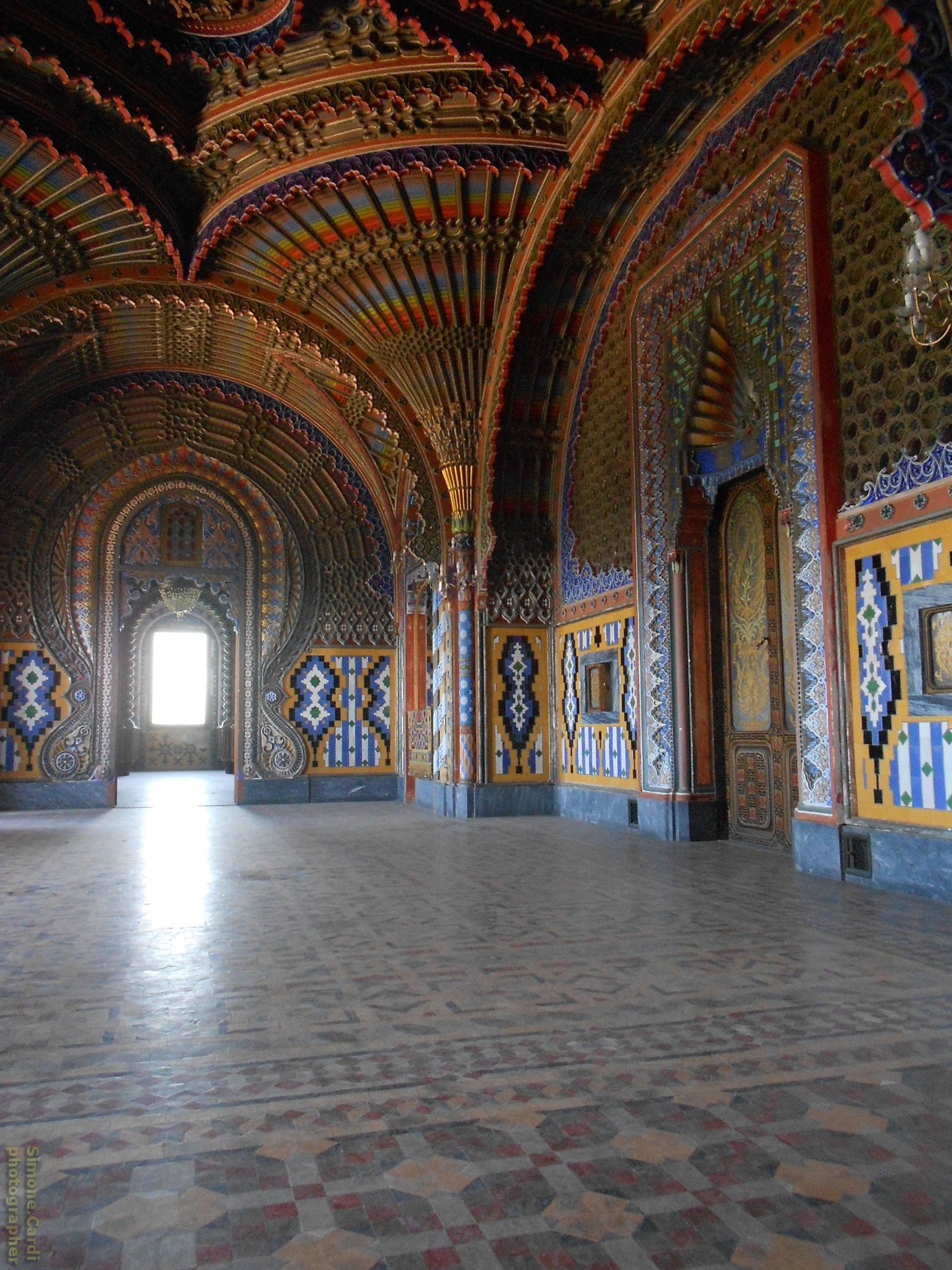 Castello di Sammezzano Sala dei Pavoni