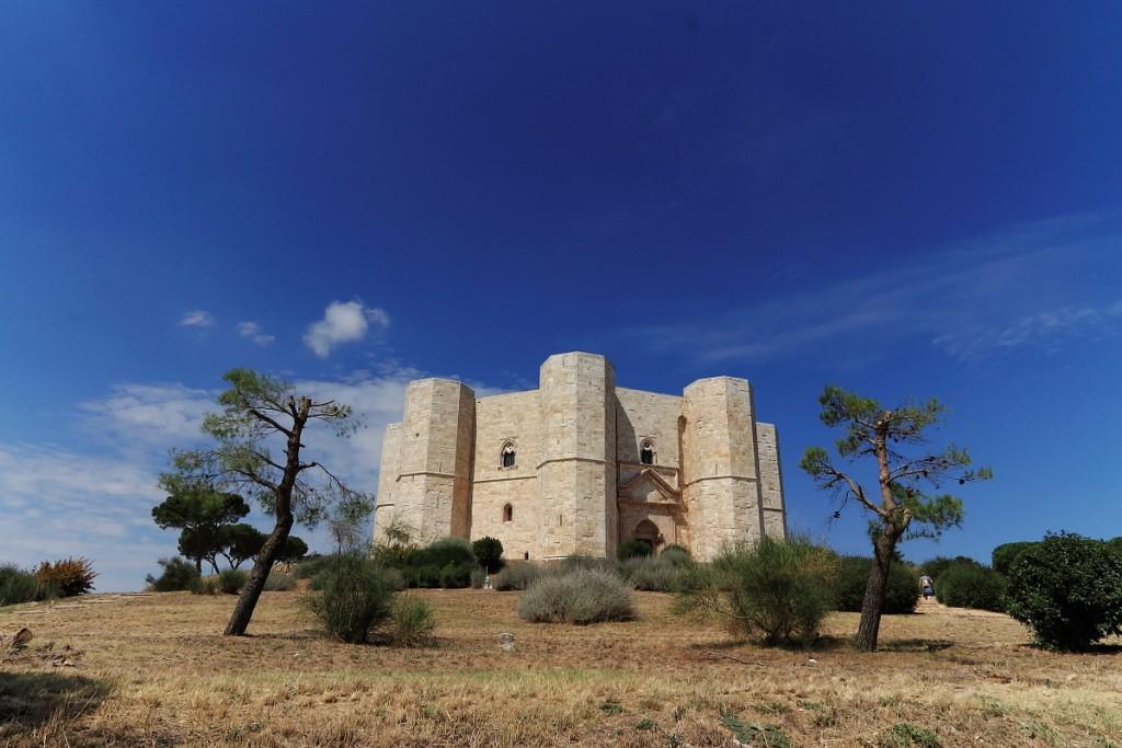 Castel del Monte (Puglia provincia di Barletta)