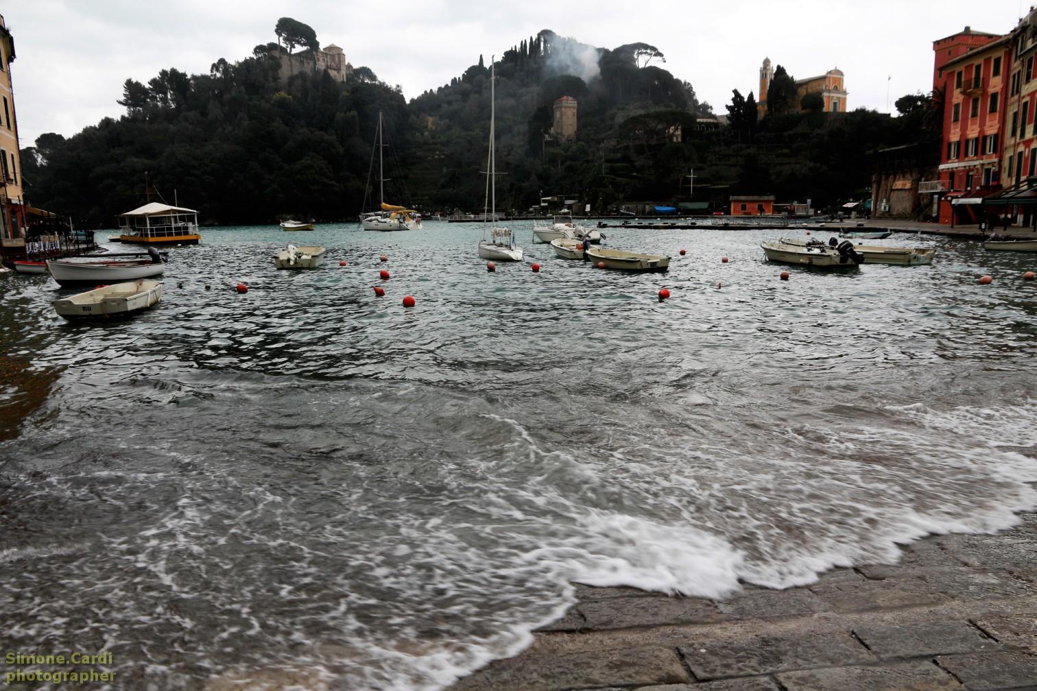 Baia del porticciolo di Portofino in inverno