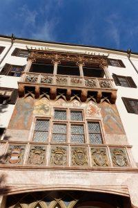 Palazzo Neuhof Innsbruck la loggia dal tetto d'oro