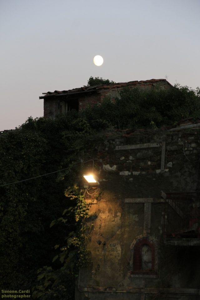 Castelnuovo dei Sabbioni scorcio serale