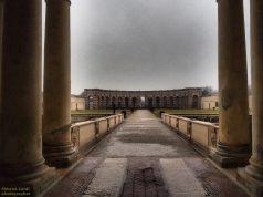 Mantova_Palazzo_Te_esedra_esterna