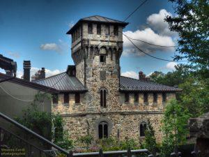 castello manservisi facciata