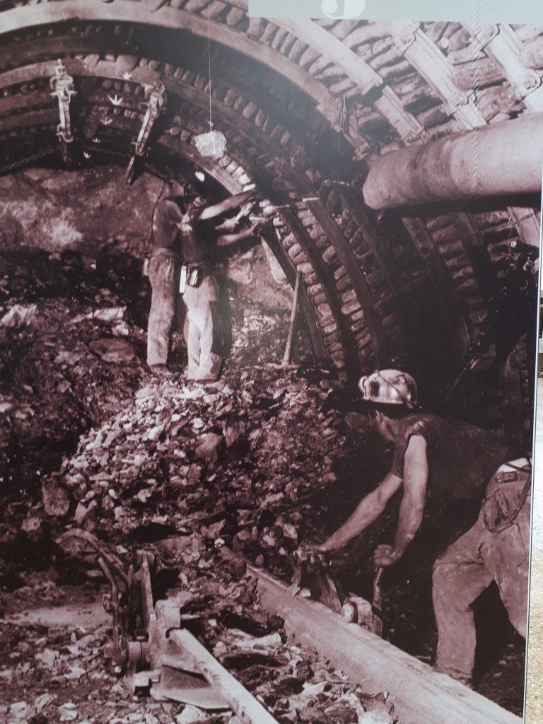 Minatori Miniera Sibarius Carbonia foto epoca