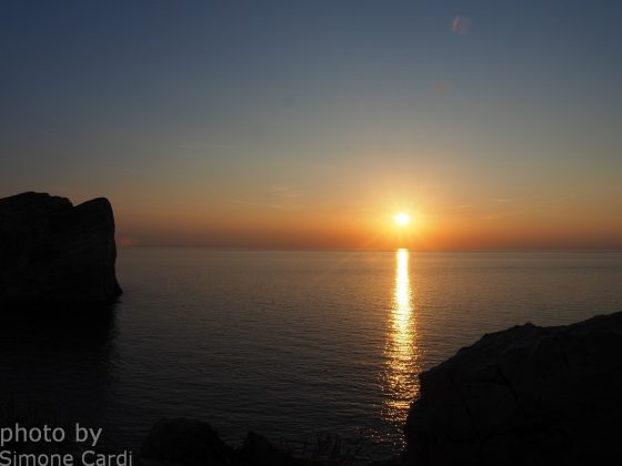 Tramonto Capo Caccia Alghero foto sole rosso