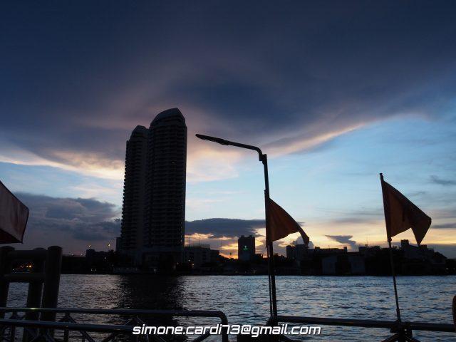 Bangkok - Tramonto sul fiume